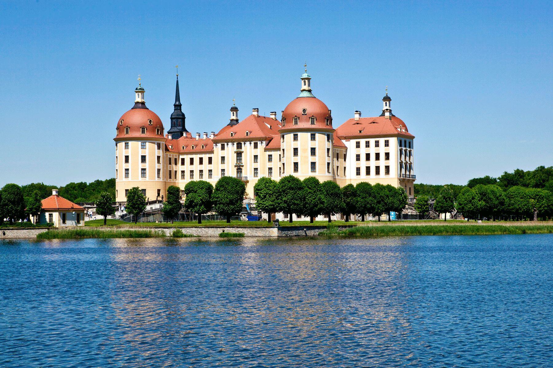 Schloss Moritzburg iStock 471720235 web