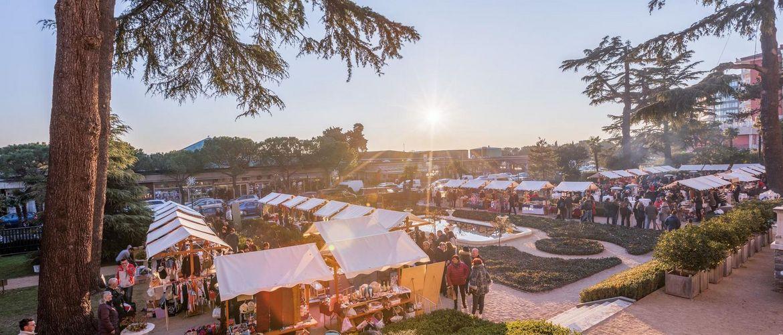 Novoletna trznica park kempinski sonce obiskovalci Jaka Ivancic TourismusVerbandPortoro