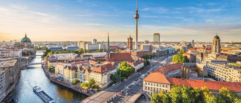 Berlin Spree iStock503874284 web